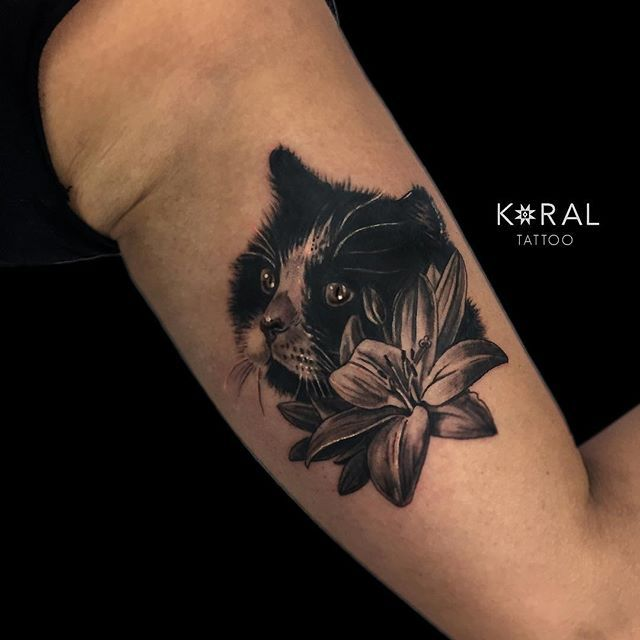 Thank You Too Mariana For Letting Koralladna Tattoo This Lovely Portrait Of Oscar Camdenpiercingandtattoostudio Tattoos Colour Tattoo Black And Grey Tattoos