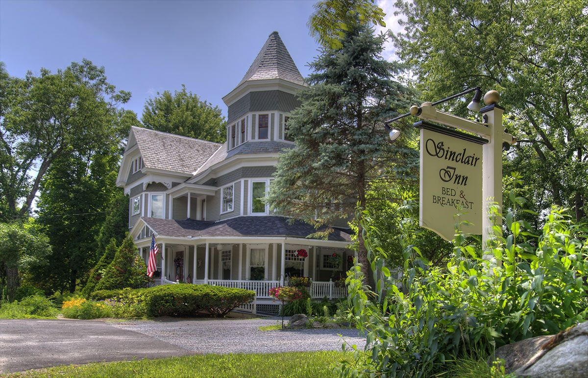 Sold! Vermont's Sinclair Inn transfers to new owners