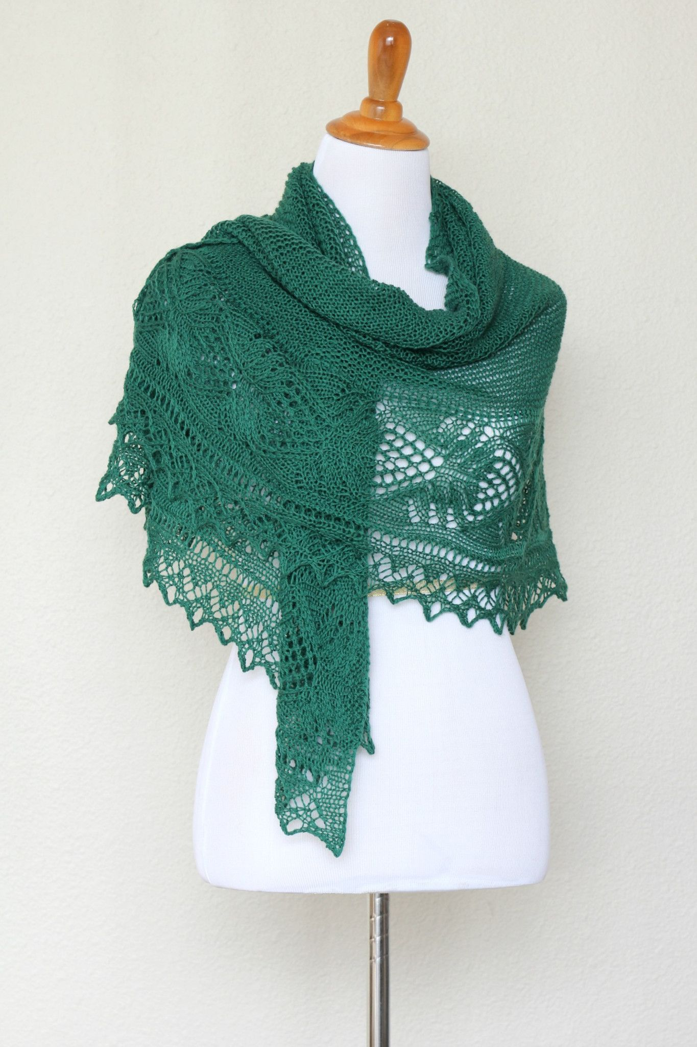 f353b40eec03 This hand knit  shawl is made of 100% wool in lovely forest green color.  The shawl is half-circle shape and perfectly wide to wrap around the body.