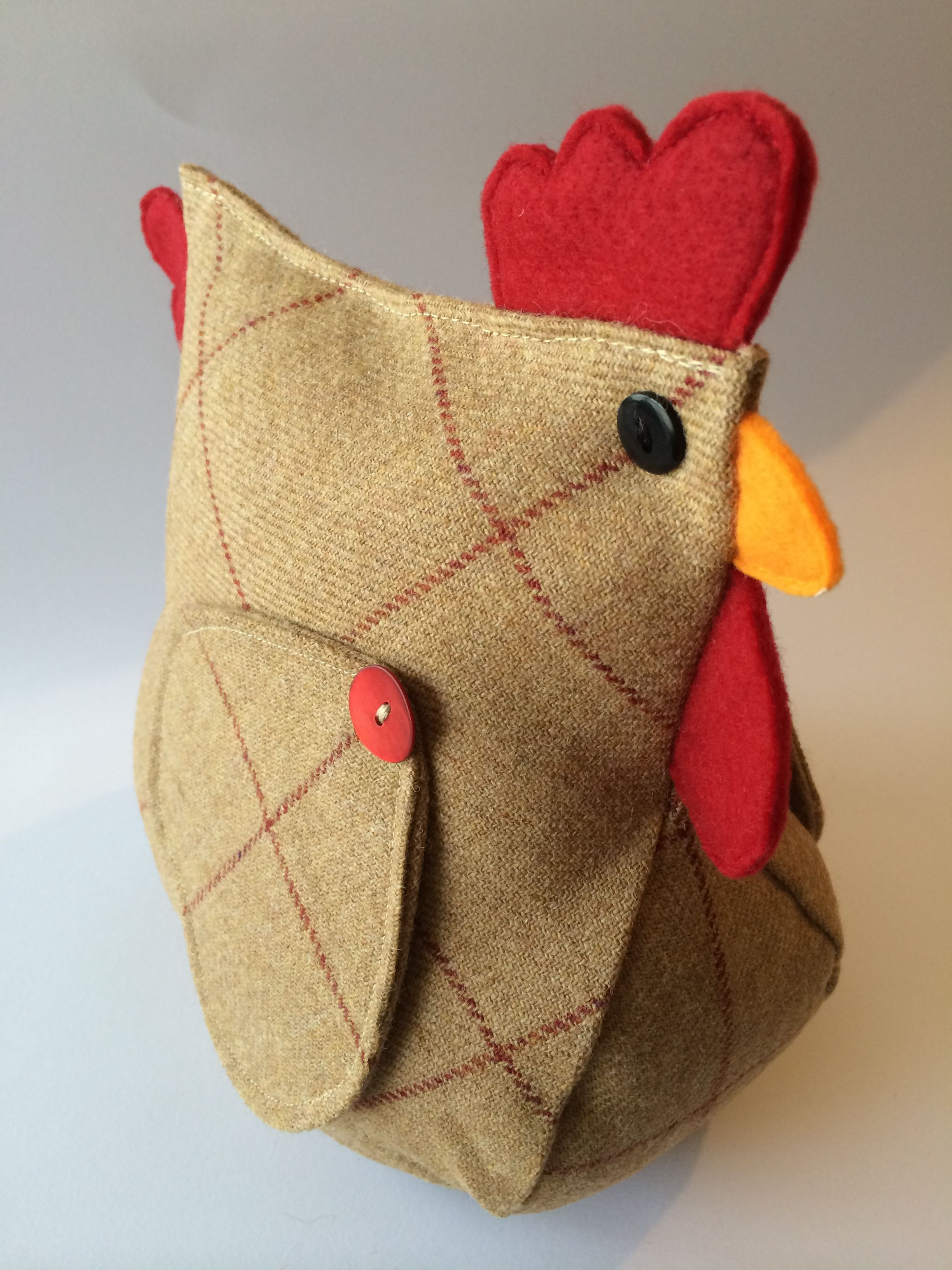 Wool tweed chicken door stop exclusively designed handmade by billies boards kurki kogutki - Chicken doorstops ...