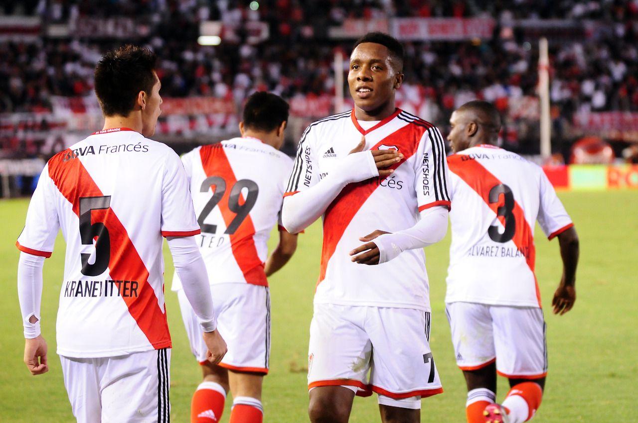 Carbonero Celebra Su Gol Contra Rafaela River Gano   Y Quedo Como Unico