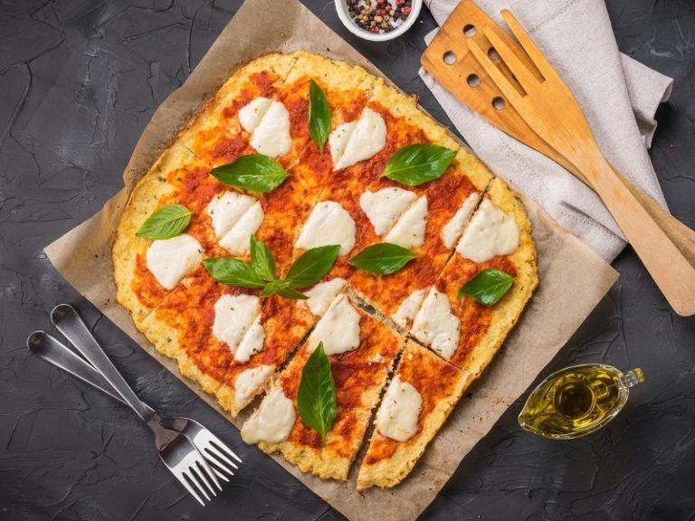 Cauliflower crust veggie pizza cauliflower recipes