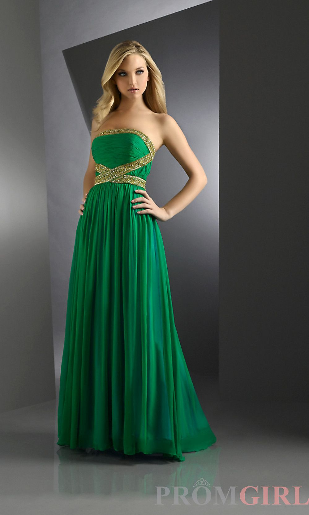 Annnnd Green Dresses tonight folks! Who could resist a pretty green ...