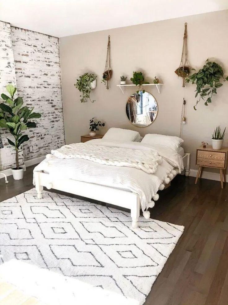 36 Erschwingliche Ideen Fur Ein Einfaches Schlafzimmerdekor Belviradesign Com Fashionshoot Fashioni Cheap Bedroom Makeover Simple Bedroom Decor Simple Bedroom