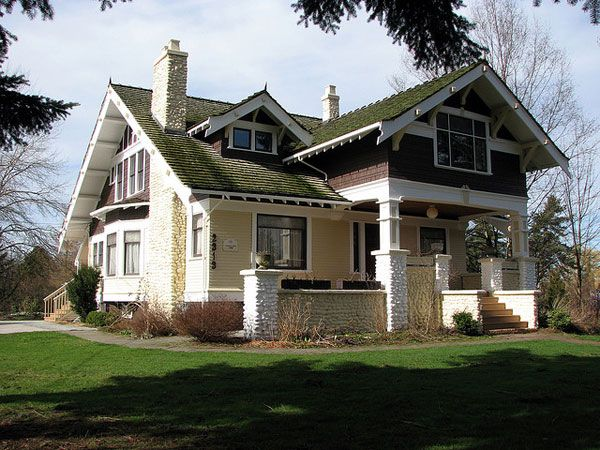 Love The Dark Wood And Pale Yellow Plus The Painted Bricks But I M Thinking A Bit More Gray C Craftsman House Plans Craftsman Style House Plans Craftsman House