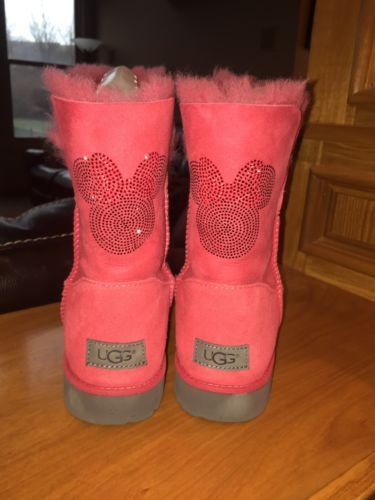 NEW Ugg Boots Disney Minnie Mouse