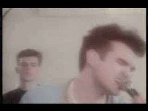 ▶ The Smiths - This Charming Man - YouTube