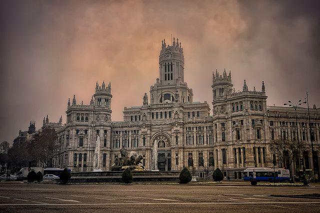 Palacio De Cibeles Ayuntamiento De Madrid Palacios Ayuntamiento Los Reyes De Espana