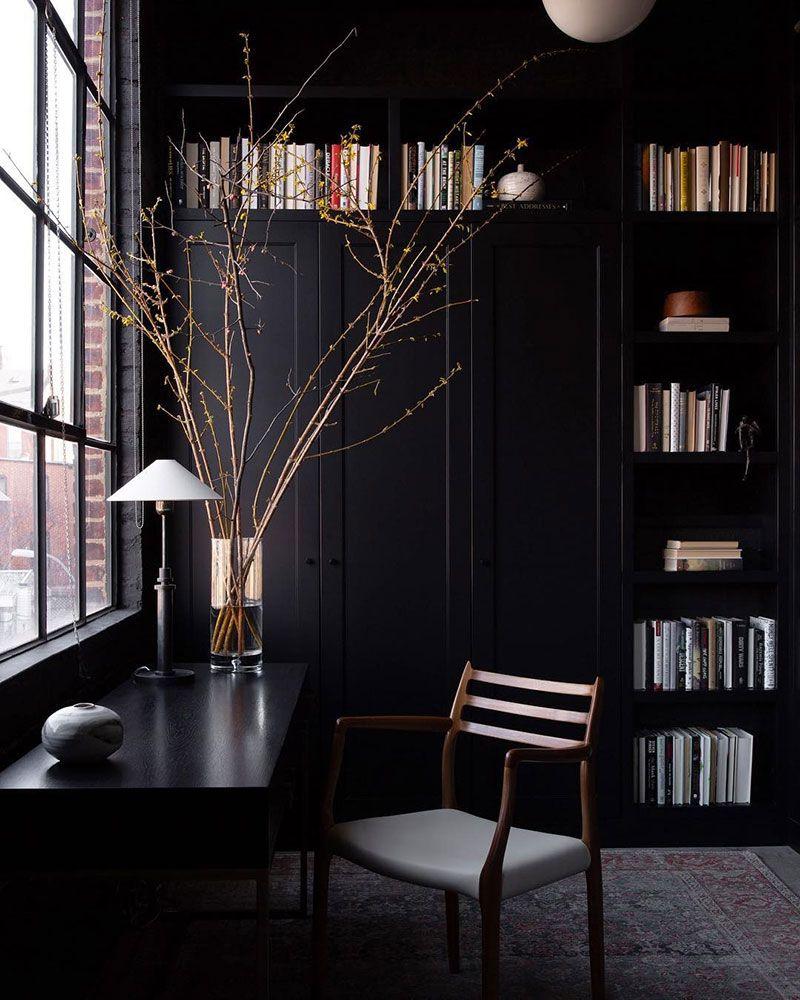 Stilnye I Obayatelnye Interery Fotografa Shade Degges Foto Idei Dizajn Modern Interior Black Interior Design Black House Interior