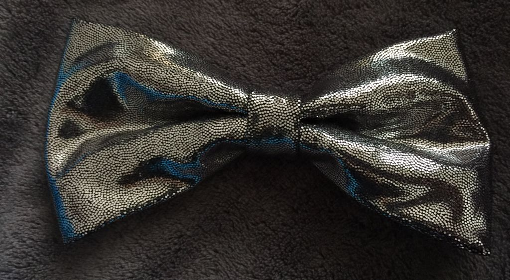"""SKULLS ~ PREMIUM BOW TIE ~ Made in the USA ~ /""""TOO COOL/"""""""