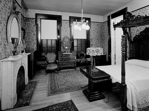 Bedroom interior 1900's | Bedrooms, Interiors and Victorian on