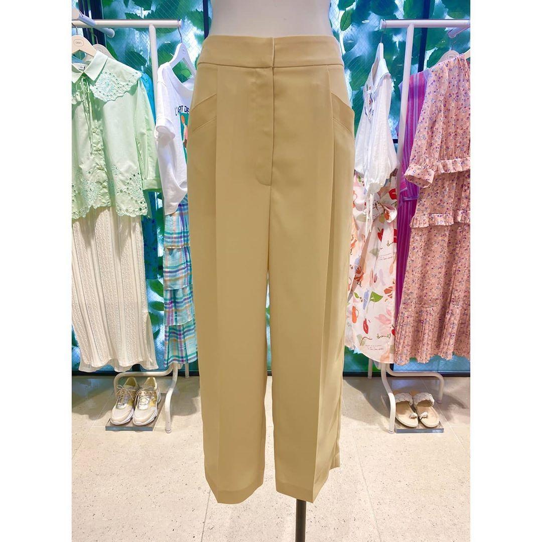 🔹️롯데부산 DEWL🏷 🔹️문의:051-810-4269 / DM주세요👍  #롯데백화점#부산본점#부산#서면#여성의류#브랜드#듀엘 #데일리룩#트렌드#코디#패션#스타일#패피 #dewl#heritage#classic#feminine#style #fashion#collection#store#busan#korea#instagood