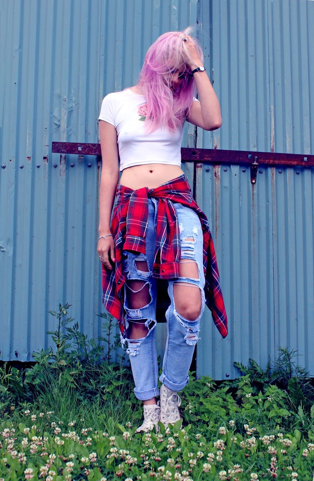Ripped jeans flannel shirt   Stylish Ways to Wear Flannel Shirts  Style  Pinterest  Flannel