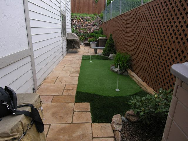 A backyard putting green as small as it gets: meet the ... on Small Backyard Putting Green id=44279