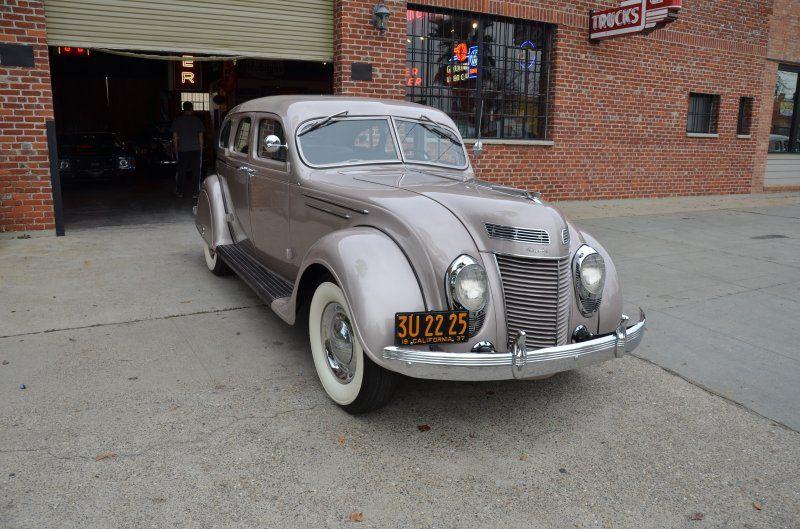 1937 Chrysler Airflow Interior 1937 Chrysler Imperial Vendre Annonces Voitures Anciennes De Wallpaper Chrysler Airflow Chrysler Cars Chrysler Imperial