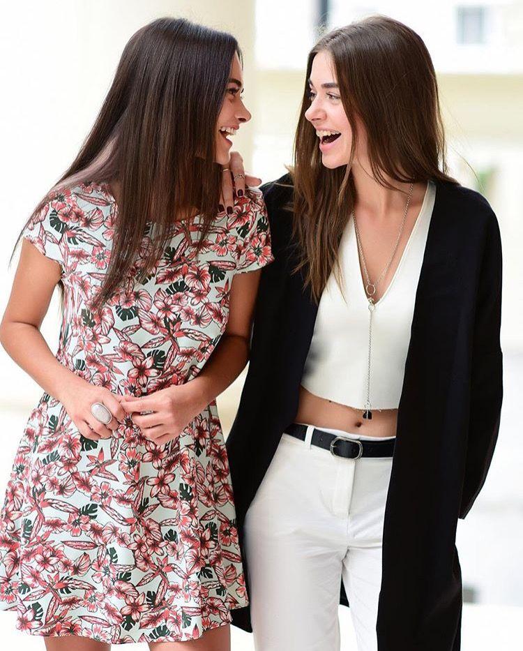 Hande Soral ve Bensu Soral | Fashion, Turkish beauty, Style