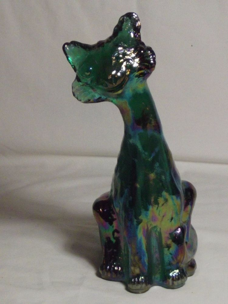 Fenton green iridized cat