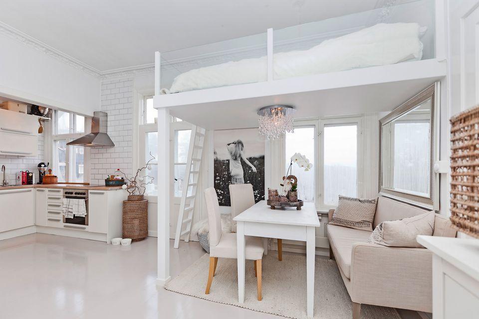 hochbetten f r kleine zimmer 2018 loft betten kleine. Black Bedroom Furniture Sets. Home Design Ideas