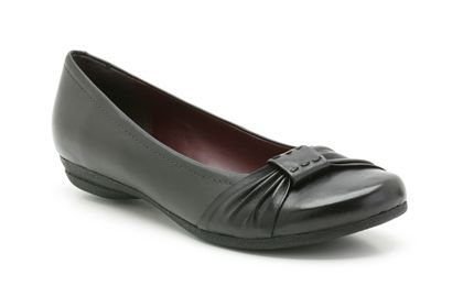 9d99625ff6c Womens Smart Shoes - Discovery Bay in Black Leather from Clarks shoes