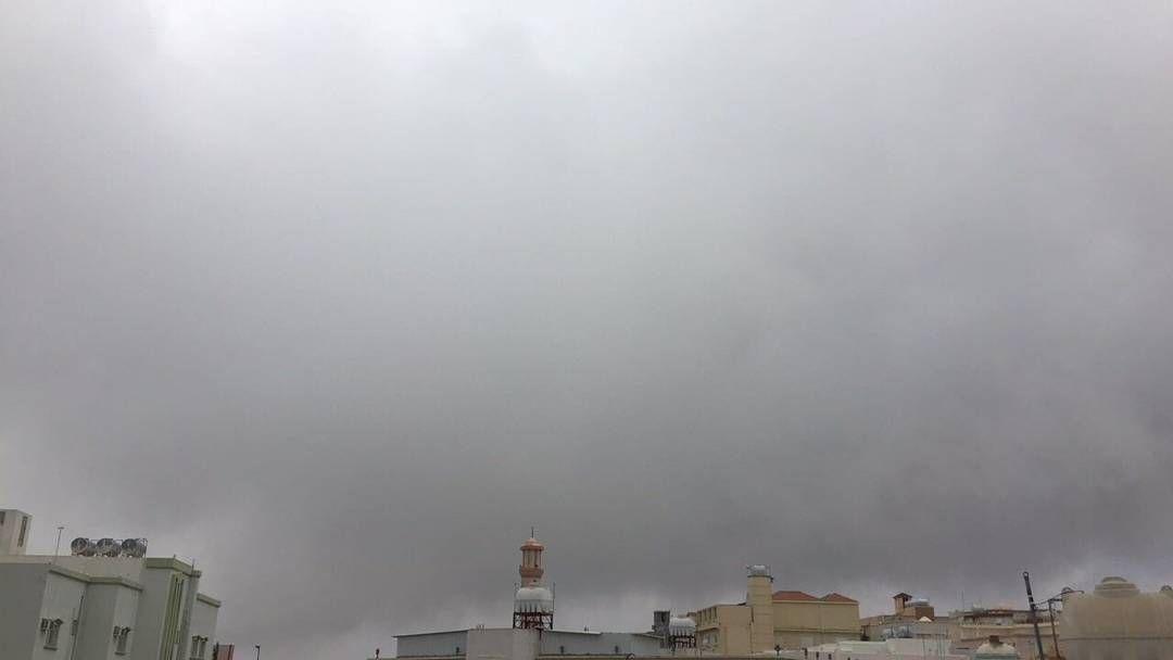 شبكة أجواء السعودية أجواء أبها حاليا مع هطول الأمطار من الزميل أبومشاري رابطة أجواء الخليج G S Chasers Instagram Posts Instagram Photo