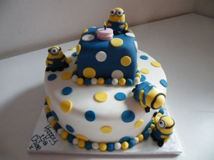 Minion Birthday Cake cakepinscom bday for Hollis 3rd bday