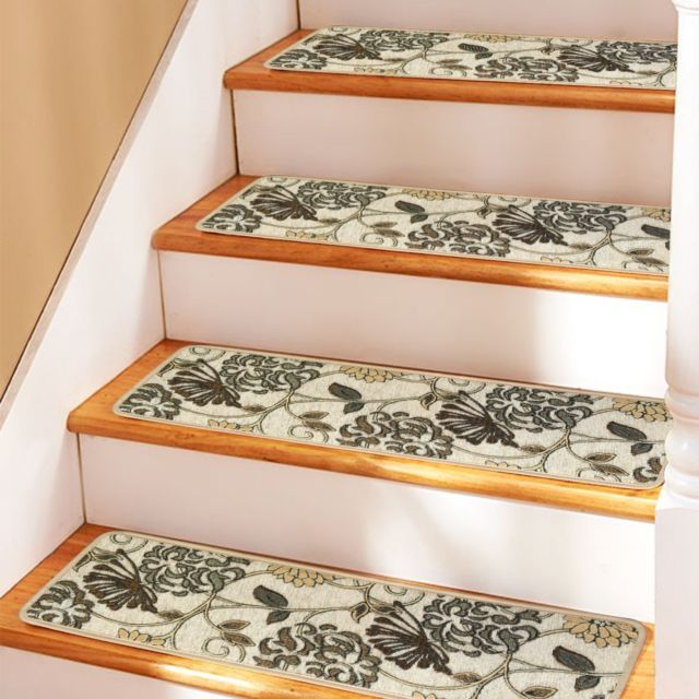 Best Use Indoor Carpet Stair Treads To Secure Your Family 400 x 300