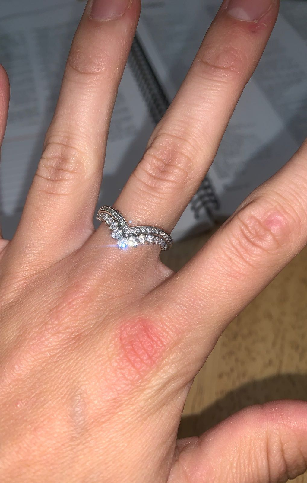 Size 7 Pandora ring can be worn with others, stackable