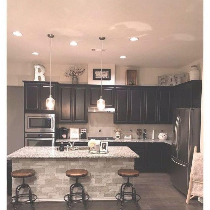 A Studio Apartment Turns Movie Set In Manhattan Kitchen Design Small Budget Kitchen Remodel Tiny House Kitchen