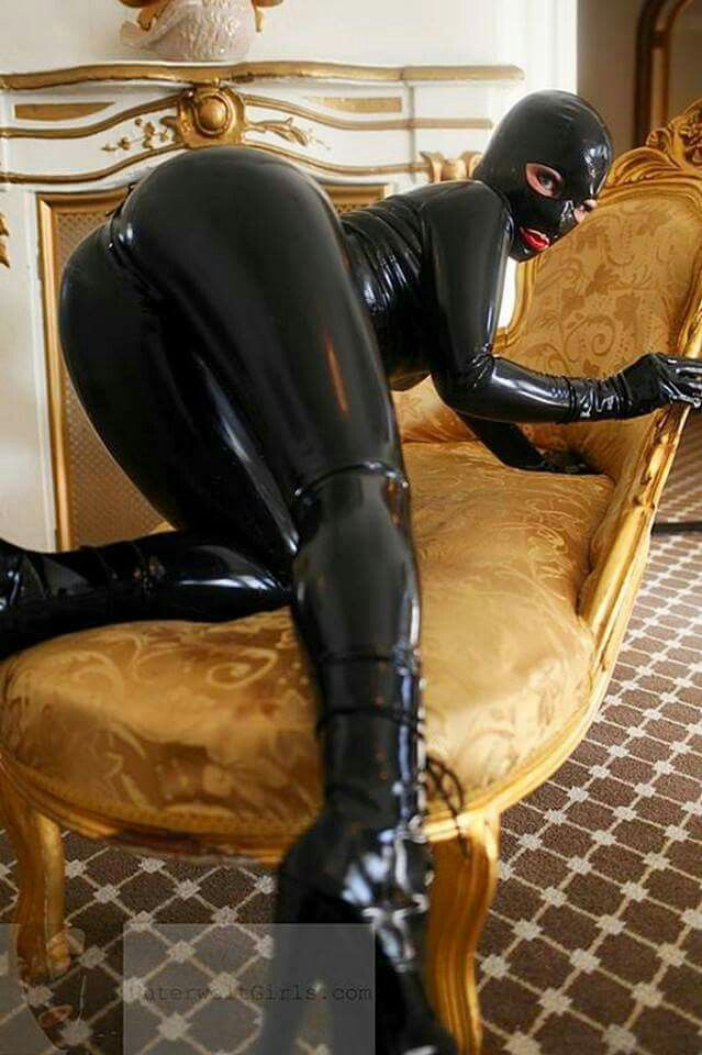 I M A  Year Old Male And I Love Latex And Bondage