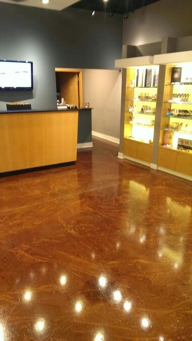 Acid Stained Floor With Special Mottling Technique
