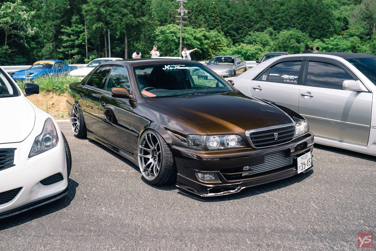 Toyota Chaser Jzx100 Cool Car Pictures Japan Cars Toyota