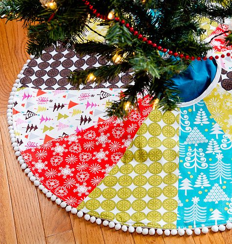 Aqua Christmas Tree Skirt: A Crafty Patchworky Treeskirt. Lime Green, Bright Red