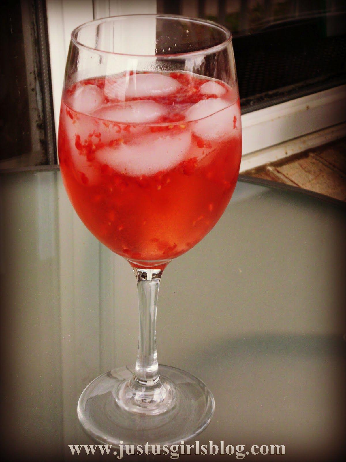 Just Us Girls Thirsty Thursday Sarasota Raspberry Thirsty Thursday Refreshing Drinks Raspberry