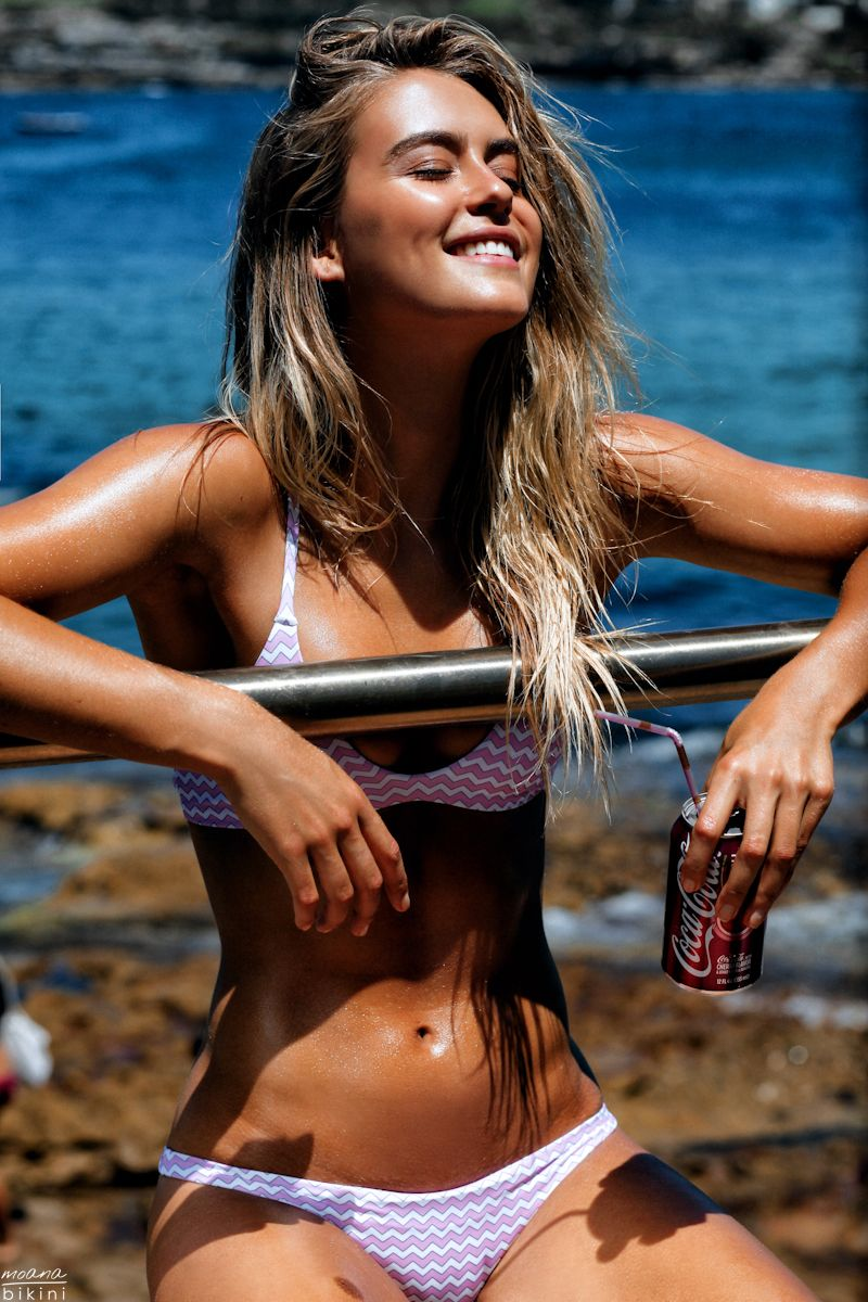 how to become a moana bikini model