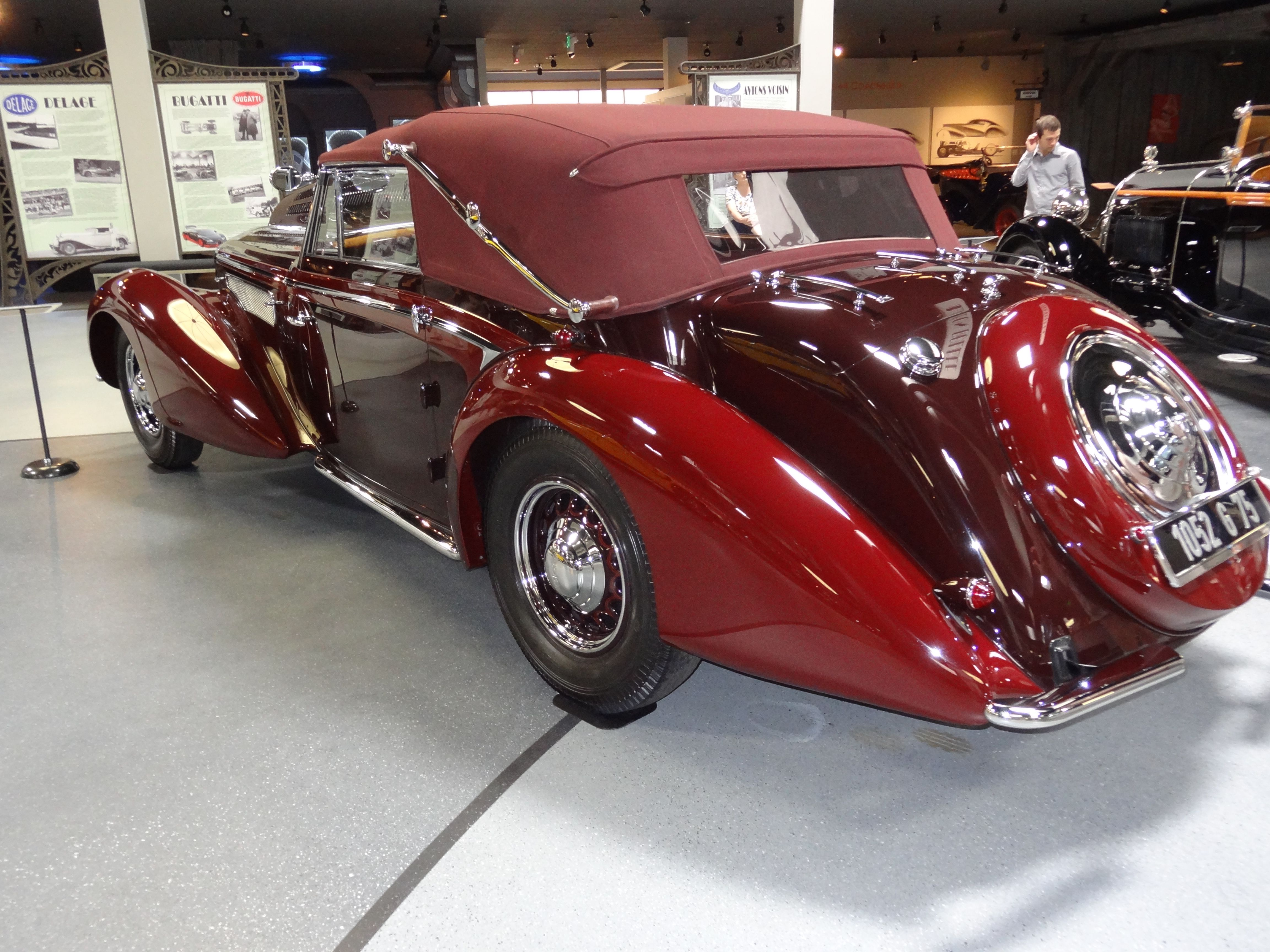 Cool French Art Deco Cars From The Ss On Display At The - Cool french cars