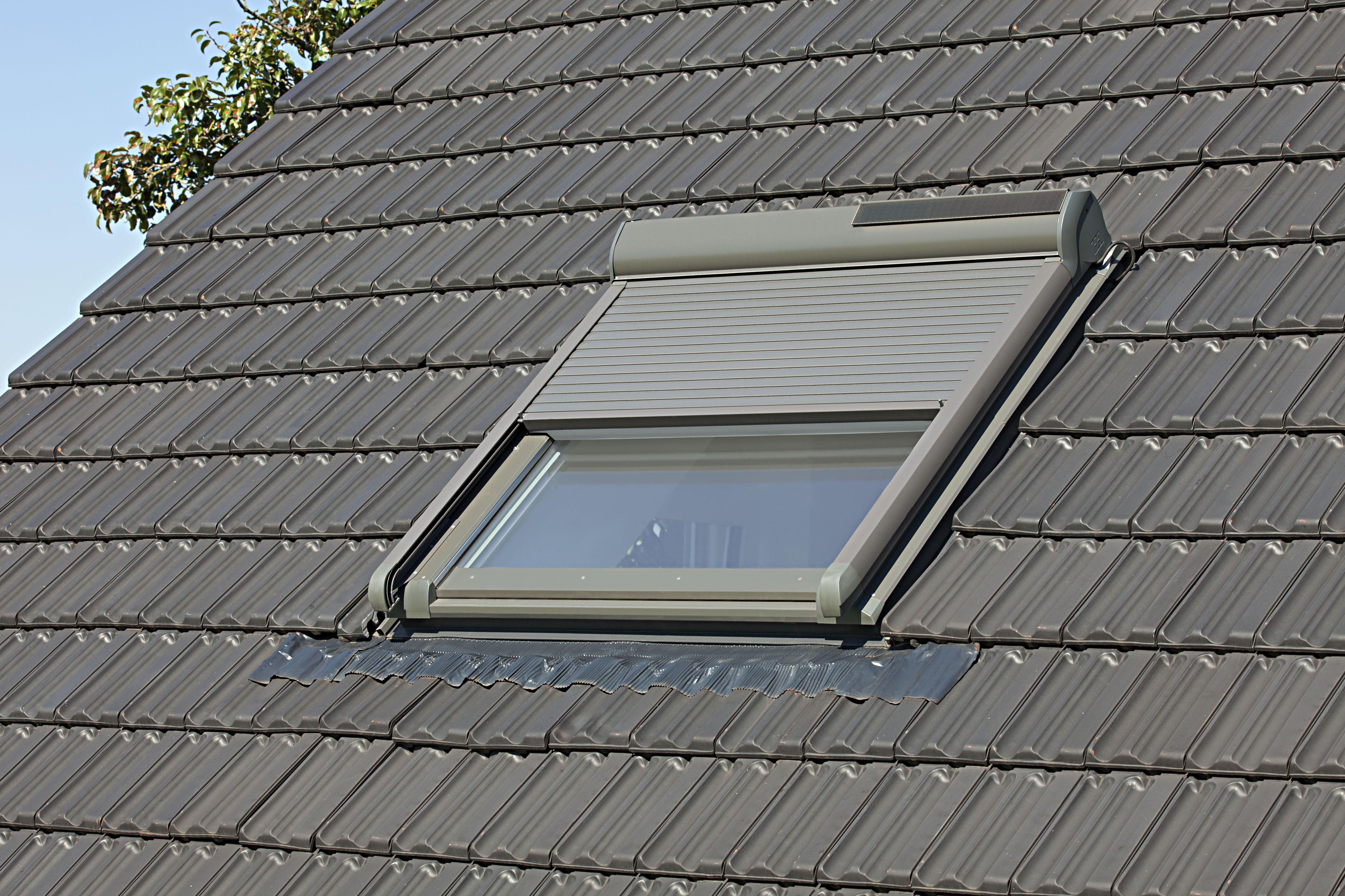 Dachfensterrollladen icnib - Baier dachfensterrollladen ...