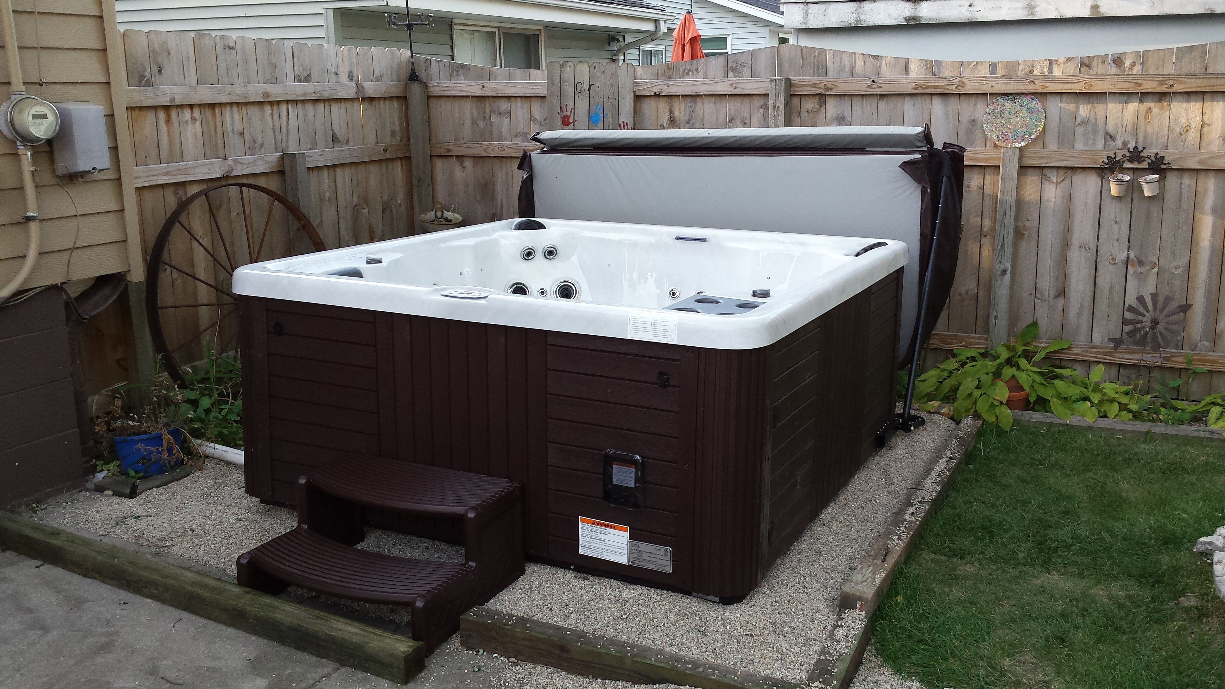 Here Is A Master Spas Legacy Installed On A Pea Gravel Patio Hot Tub Backyard Pea Gravel Patio Pool Hot Tub