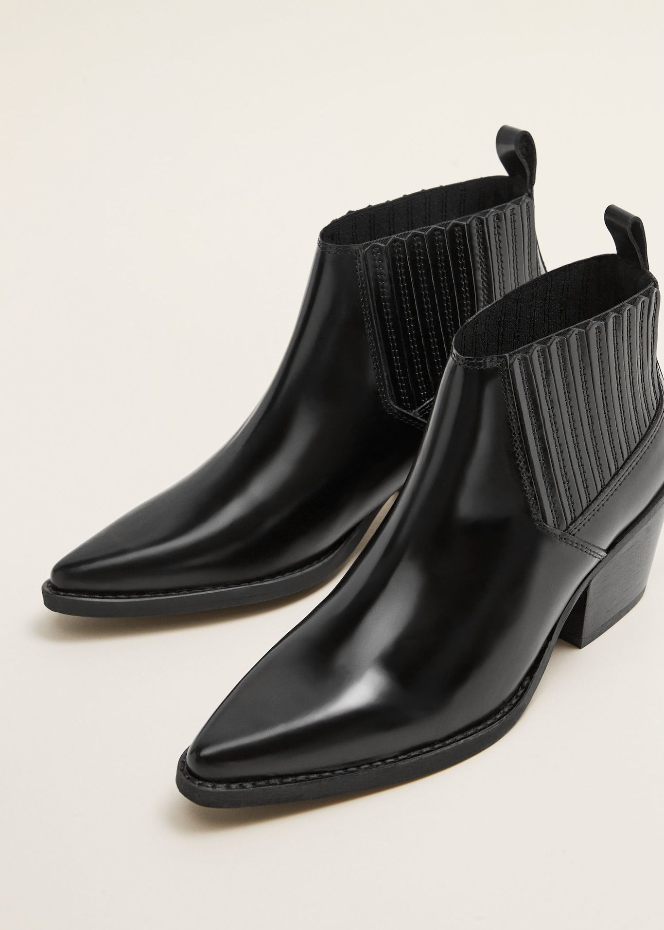 d505b18f1a8 Leather pointed ankle boots - Woman in 2019 | Wishlist | Pointed ...