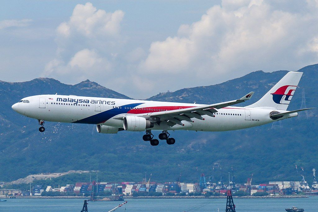 Malaysia Airlines Fleet Airbus A330300 Details and
