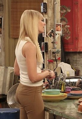 Behrs sexy beth Beth Behrs