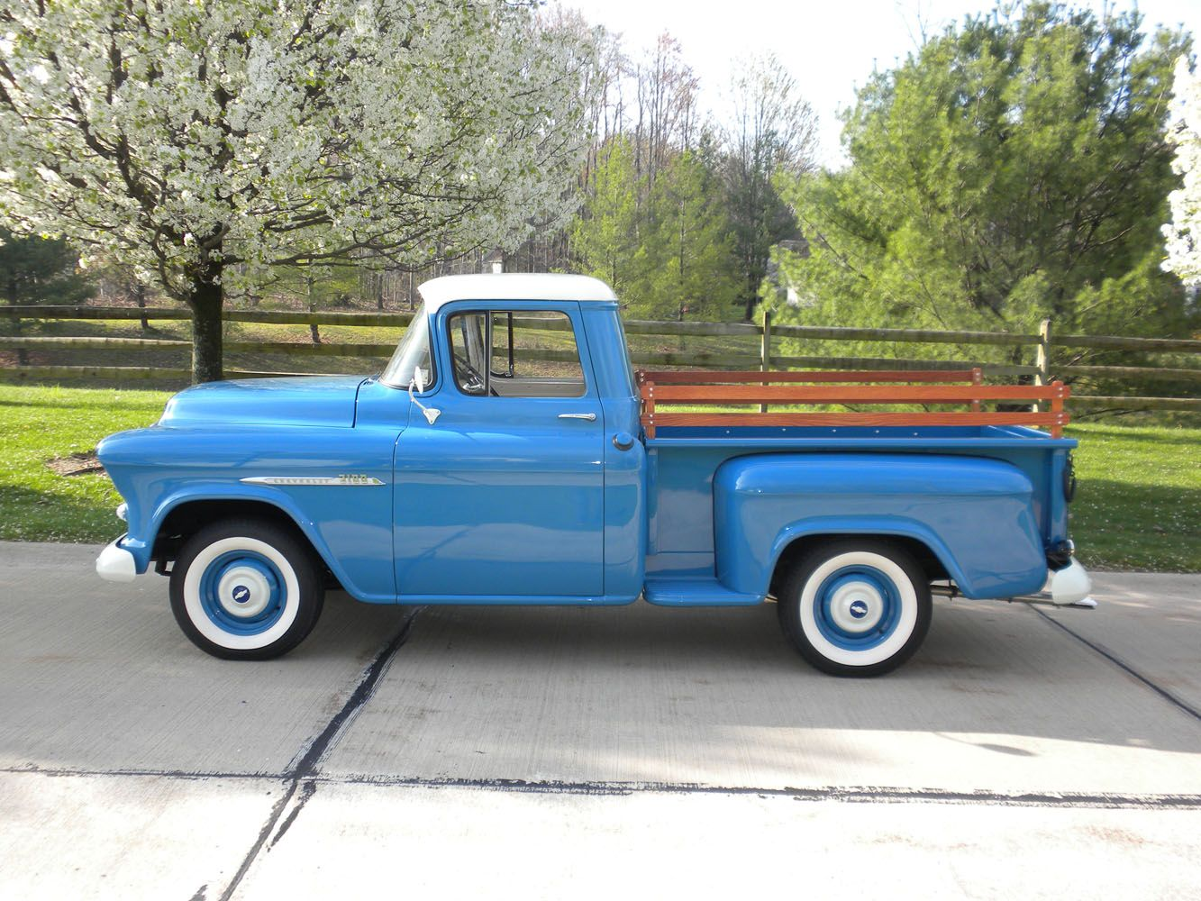 1955 Second Series Chevy Gmc Pickup Truck Chevy Trucks Classic