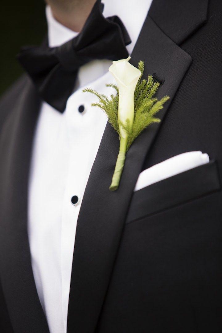 Featured photographer: Catherine Hall Studios; wedding boutonniere idea