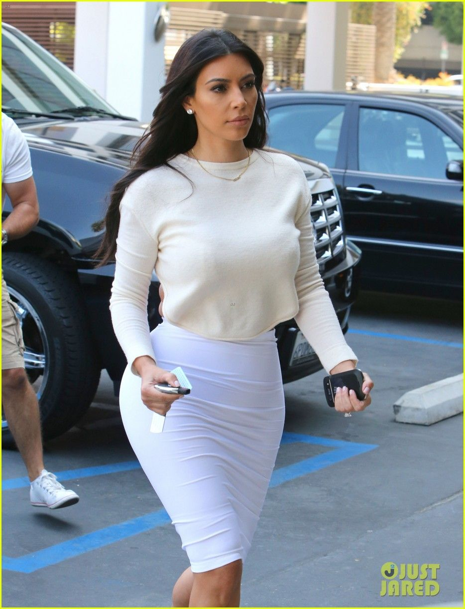 Kim Kardashian Wants to End Boycott of Beverly Hills Hotel | kim kardashian wants to end boycott of beverly hills hotel 02 - Photo