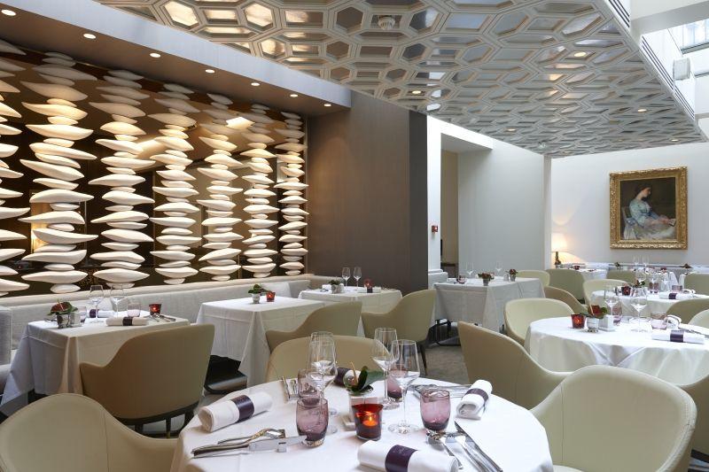 Hotel De Luxe 5 Etoiles A Paris Champs Elysees