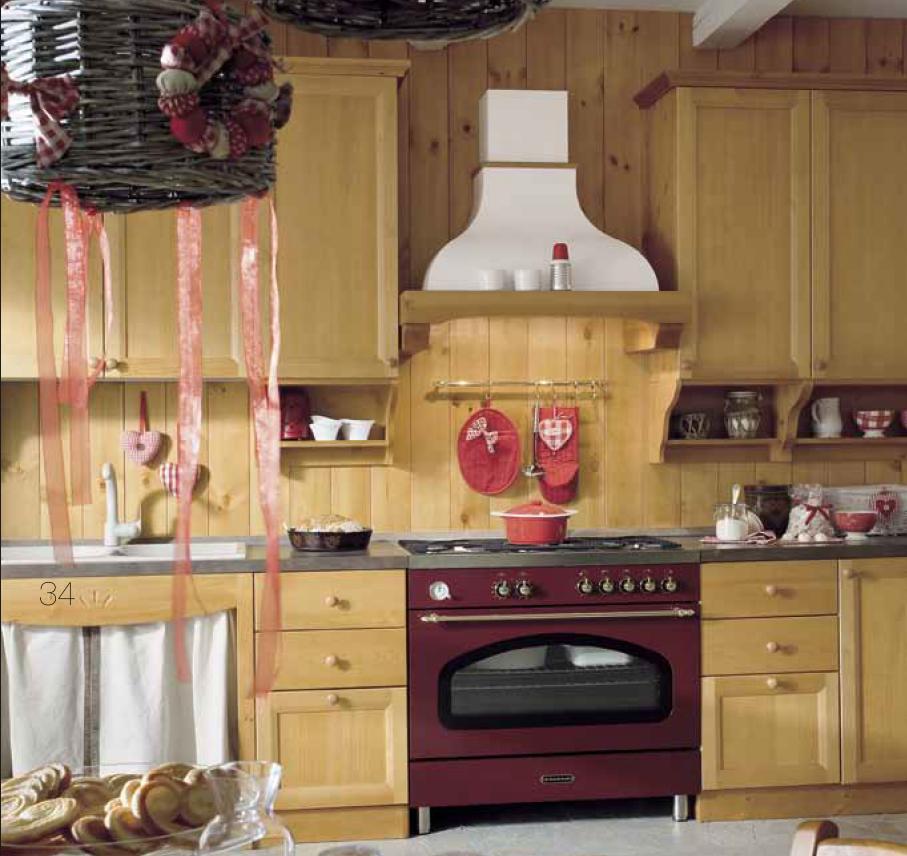 Cucina in pino massiccio, completa di elettrodomestici ...