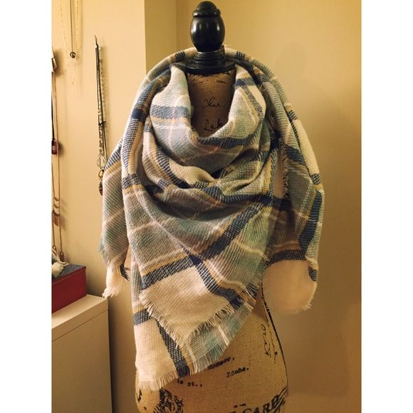 ‼️ price drop ‼️  plaid blanket scarf Brand new. Urban for exposure Urban Outfitters Accessories Scarves & Wraps