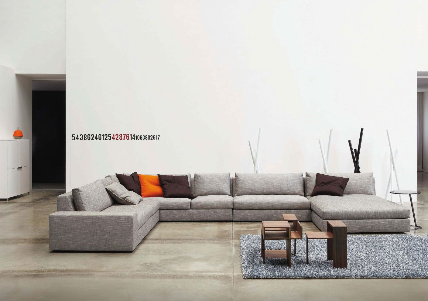 [Reception 001] Sofa Ligne Roset 12