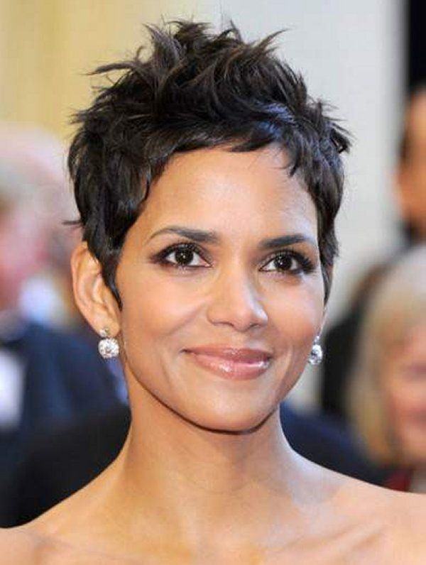 Halle Berry Short Curly Hairstyles For Round Faces Short Hair - Hairstyle for curly short hair round face