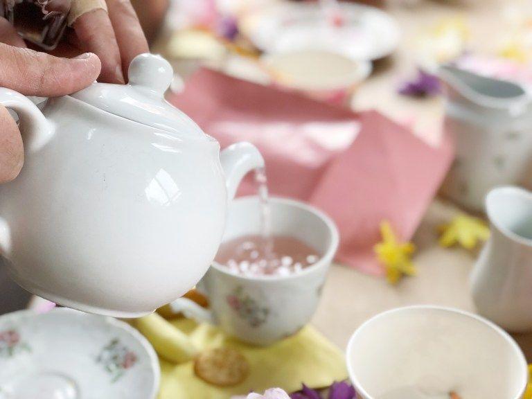 A Fancy Tea Party Diy Budget Friendly Parties For Kids Rain And Pine Diy Tea Party Kids Tea Party Tea Party Supplies
