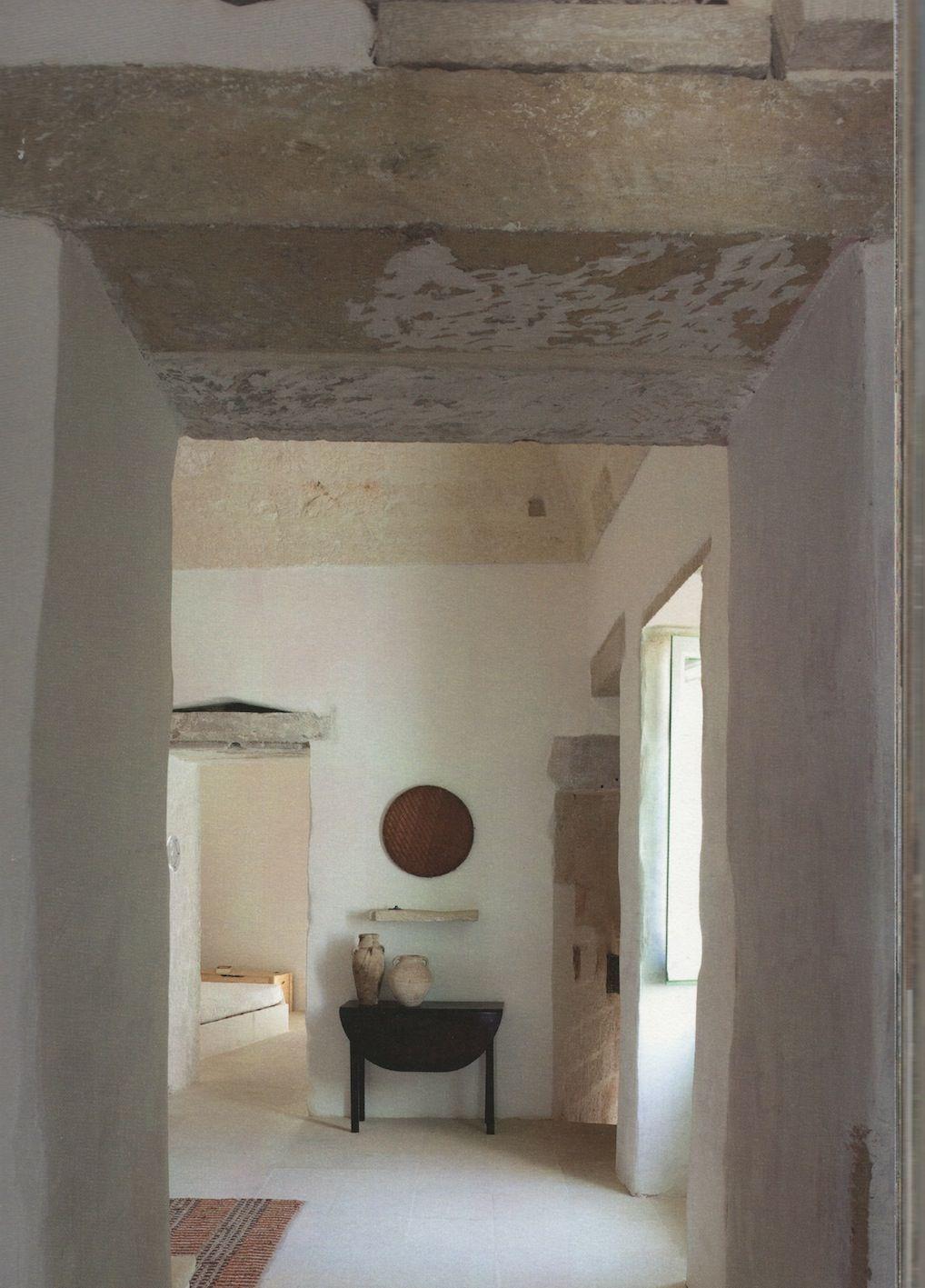 Living in Salento/Abitare il Salento by Patrizia Piccoli & Cristina Fiorentina - Idea Books